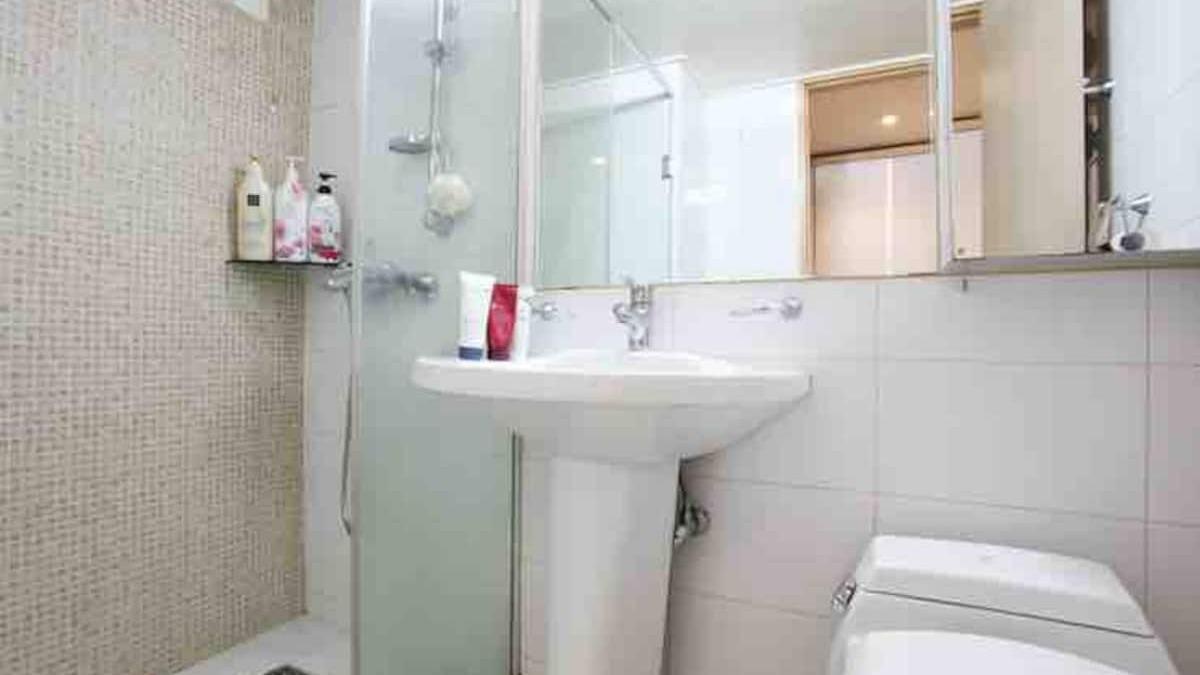bathroom в квартире рядом с больницей бунданг ча корея