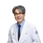 Хирург-проктолог госпиталя Инха Чой Сон Гын
